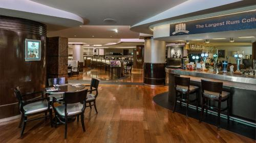 Regal Airport Hotel photo 96