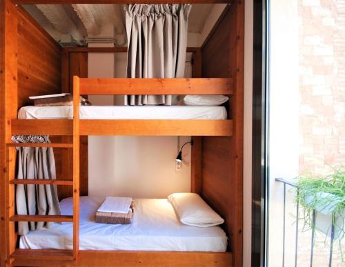 Ten To Go Hostel photo 5