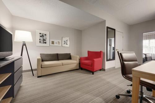 Country Inn & Suites by Radisson, Coralville, IA Photo