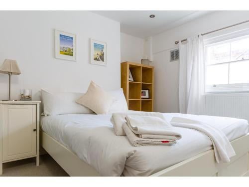 Attractive 2bedroom Flat in Trendy London Sleeps 4 photo 21
