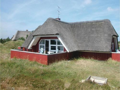 Holiday home Svinget III