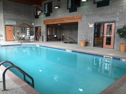 Best Western Plus Coon Rapids North Metro Hotel Photo