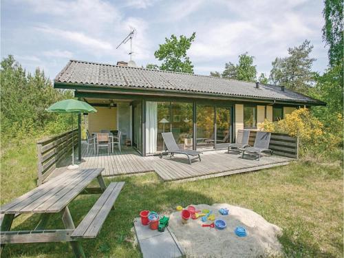 Holiday home Lyngvejen Aakirkeby V
