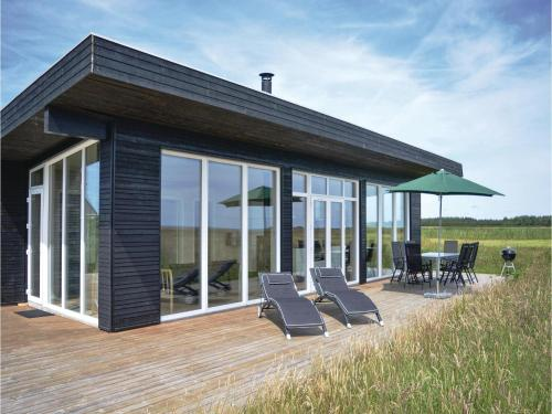 Three-Bedroom Holiday home Hvide Sande with a room Hot Tub 01