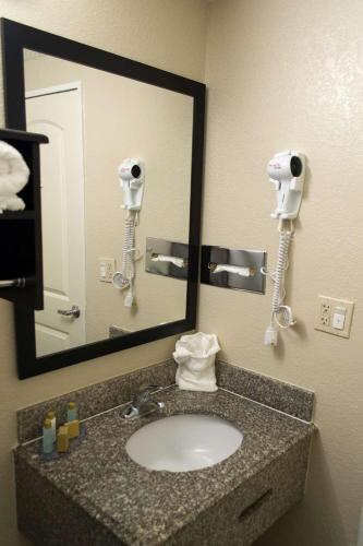 Surestay Plus Hotel Pensacola By Best Western - Pensacola, FL 32505