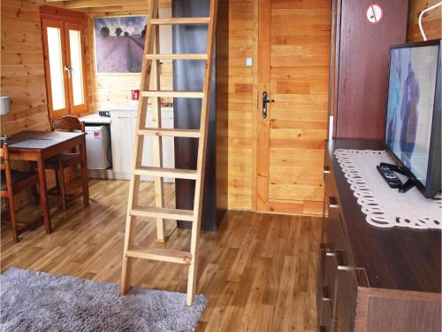 One-Bedroom Holiday Home in Nowe Warpno photo 7