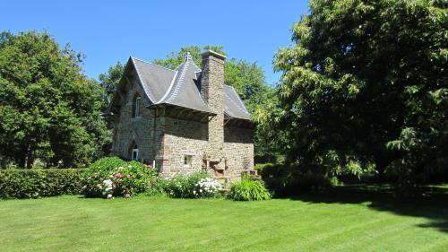 Holiday Home Château de Boucéel Mont Saint Michel