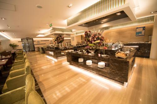 Suzhou Sun Plaza Hotel photo 31