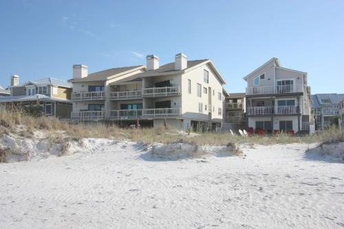 6 Pipers Nest - Indian Rocks Beach, FL 33785