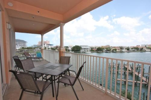 404 Harborview Grande - Clearwater Beach, FL 33767