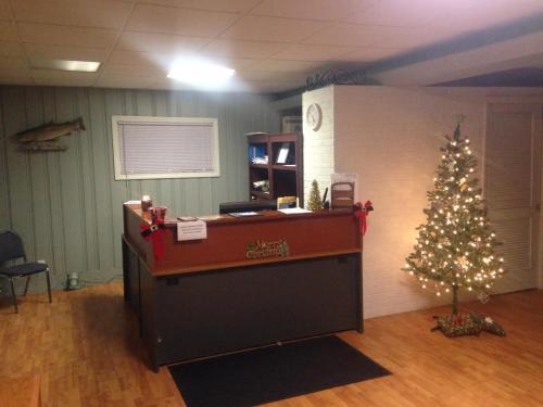 Steelhead Inn - Erie, PA 16505