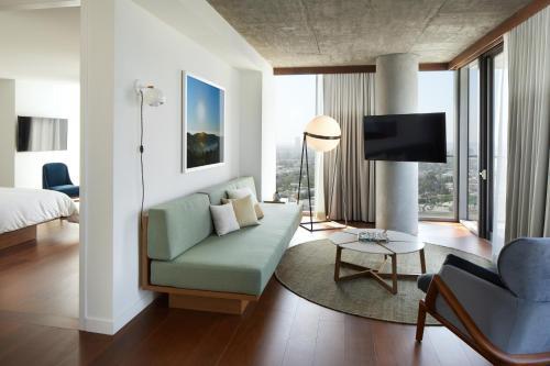 The Jeremy Hotel West Hollywood Photo