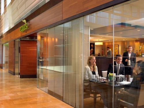 Hyatt Regency Bellevue - Bellevue, WA 98004