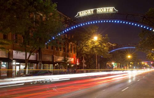 Hyatt Regency Columbus Photo