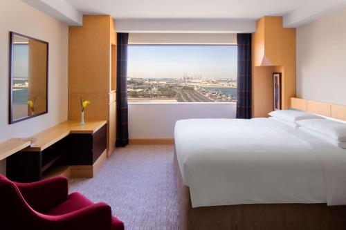 Hyatt Regency Dubai - Corniche photo 24