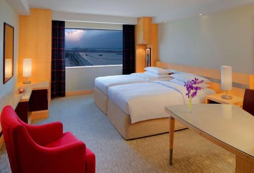 Hyatt Regency Dubai - Corniche photo 2