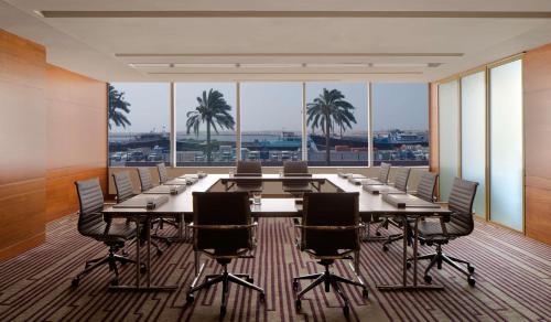 Hyatt Regency Dubai - Corniche photo 29