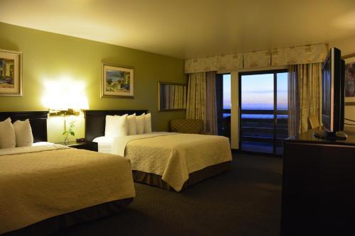 SureStay Plus Hotel by Best Western Gold Beach Photo