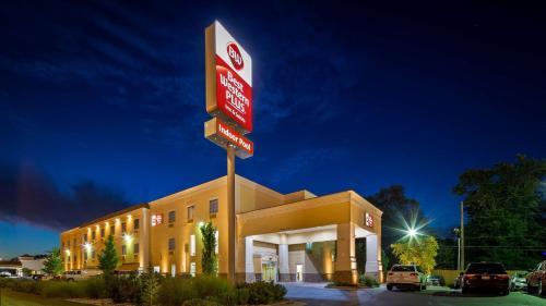 Best Western Plus Eastgate Inn & Suites Photo