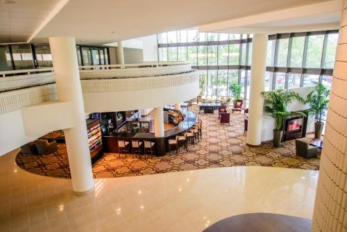 Sheraton Tampa Brandon Hotel Photo