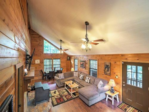 The Lazy Bear Lodge - Ellijay, GA 30540