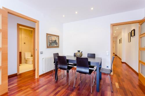 4 bed flat in Sant Antoni area photo 5