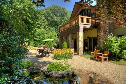Sylvan Valley Lodge And Cellars - Cleveland, GA 30571