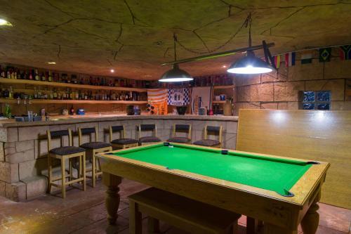 Bayswater Lodge Photo