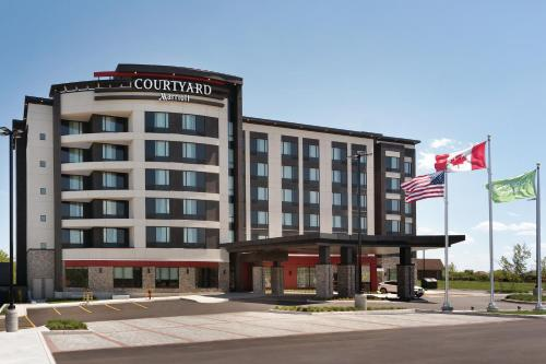 Courtyard By Marriott Toronto Mississauga/west - Mississauga, ON L5W 1N6