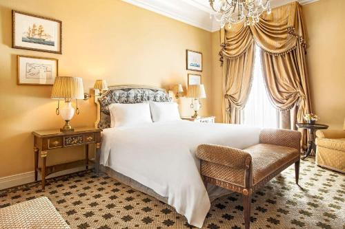 Hotel Grande Bretagne, a Luxury Collection Hotel photo 98