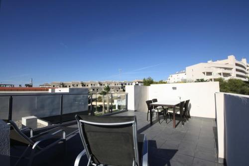 a-hotel - casa green, apartment, orihuela costa, spain - online