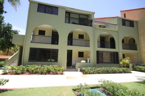 7 Beach Village Dr. Apt 155 - Humacao, PR 00791