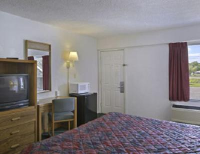 Travelodge Ozona Photo