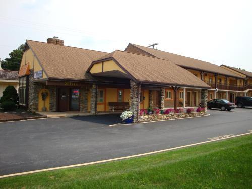 Americas Best Value Inn Ronks/lancaster County - Ronks, PA 17572