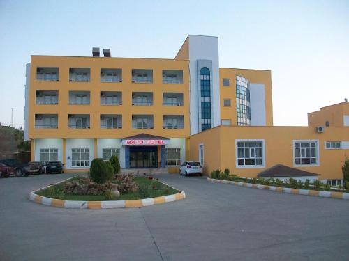 Sarıkuş Bato Thermal Hotel ulaşım