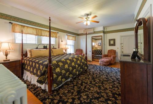 The Elmhurst Inn - Bar Harbor, ME 04609
