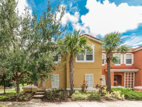 Townhome 4 Bedroom 3 Baths (224270) - Kissimmee, FL 34747