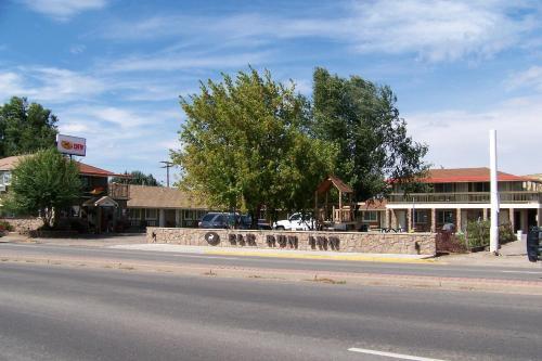 Elk Run Inn