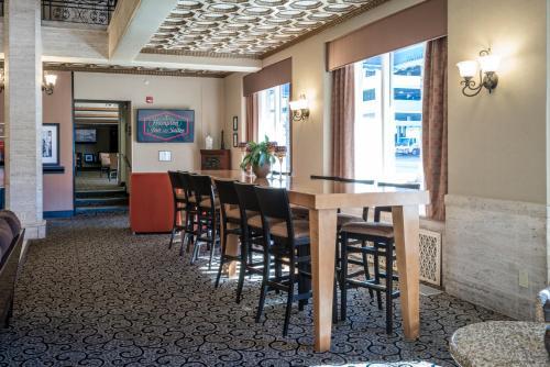 Hampton Inn And Suites Montgomery-downtown - Montgomery, AL 36104