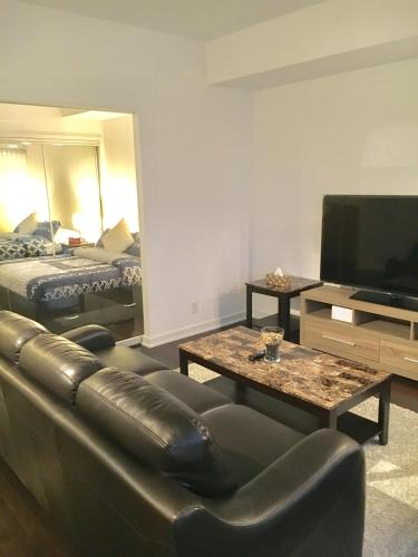 Exquisite High Rise 1 Bedroom Condo Across Air Canada Center - Toronto, ON M5J 0A9