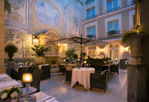 Castille Paris – Starhotels Collezione impression