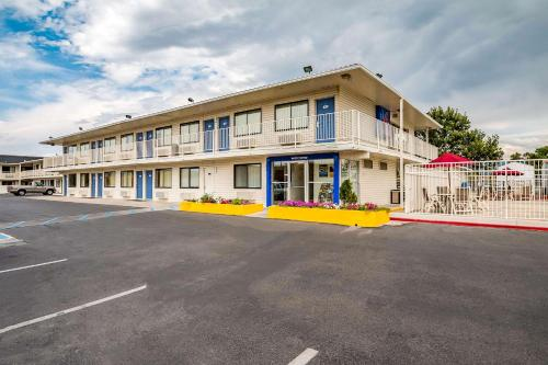 Motel 6 Salt Lake City West - Airport Photo