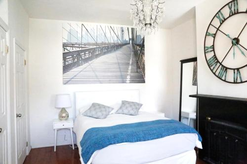 Beautiful NYC Apartment, 5 minute to Times Square by Subway Photo