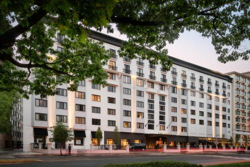The Darcy Washington D.C., Curio Collection By Hilton photo 2