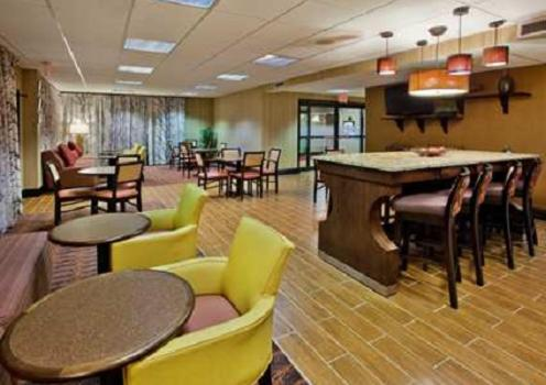 Hampton Inn Commerce in Commerce