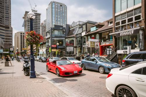 Quickstay - Class In Yorkville (yonge & Bloor) - Toronto, ON M5R 1C4