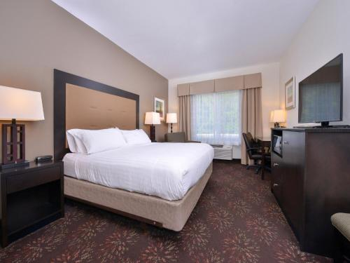 Holiday Inn Express Hotel & Suites Lancaster-Lititz Photo