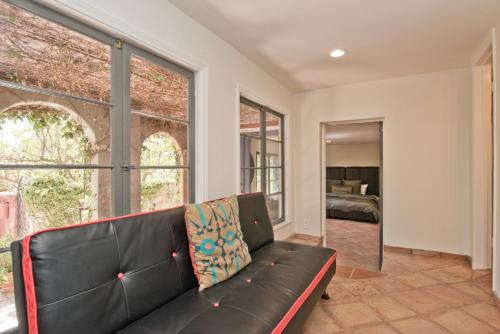 Large Apt - Sleeps 6 - Hollywood Bowl - Stars