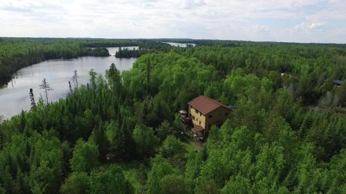 Poplar Creek Guesthouse B&b - Grand Marais, MN 55604