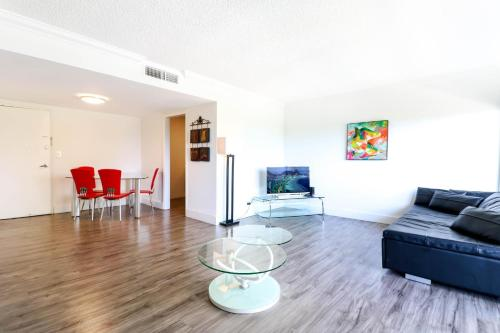 Large Apartment In Coconut Grove With Marina Views - Miami, FL 33133